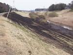 利根運河の焼け跡